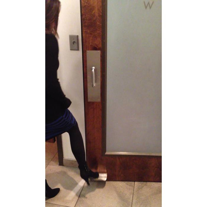 The Doorwave Hands Free Foot Pull Ff 0011